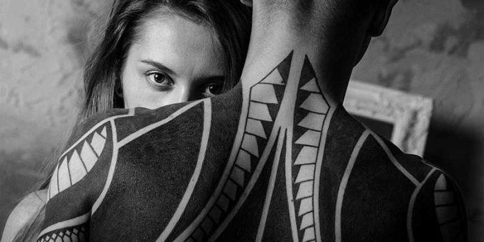 Tatouage en commun couple : la tendance pour exposer son amour