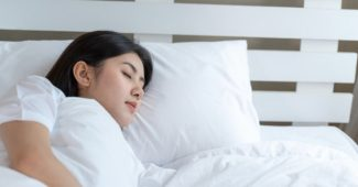 Matelas pour mal de dos et cervicales : comment bien le choisir ?