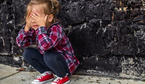 Dyspraxie verbale : explication, symptômes et causes possibles